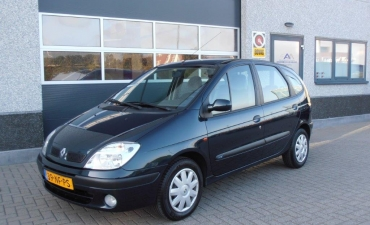 Renault Scenic_1