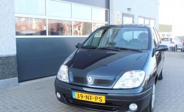Renault Scenic_7